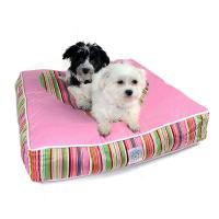 Hundebett Striped Heart mit Hund